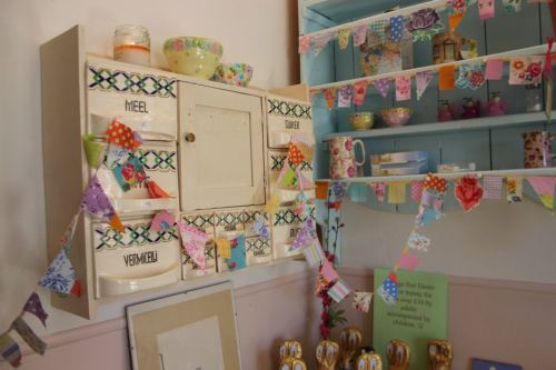 Mini Vintage Bunting in My Kitchen