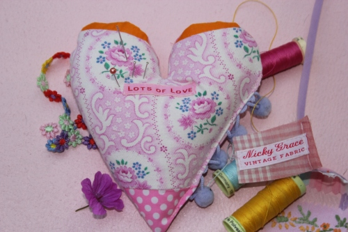 Pin cushion heart